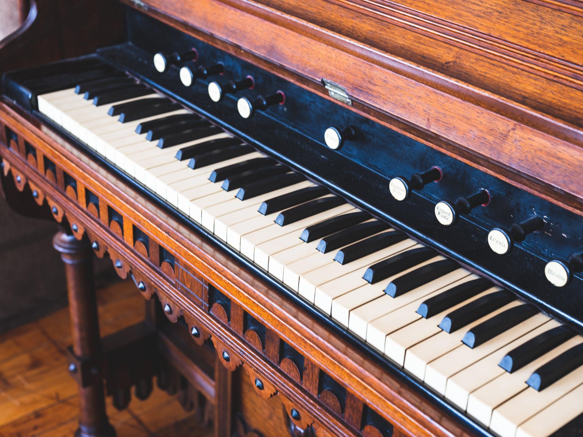 Studierea unui instrument: beneficii uriase pentru sanatate