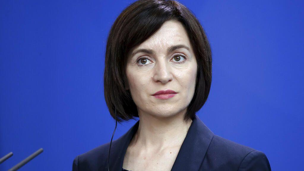 Moldova isi alege o femeie pro-europeana, Maia Sandu, ca presedinta